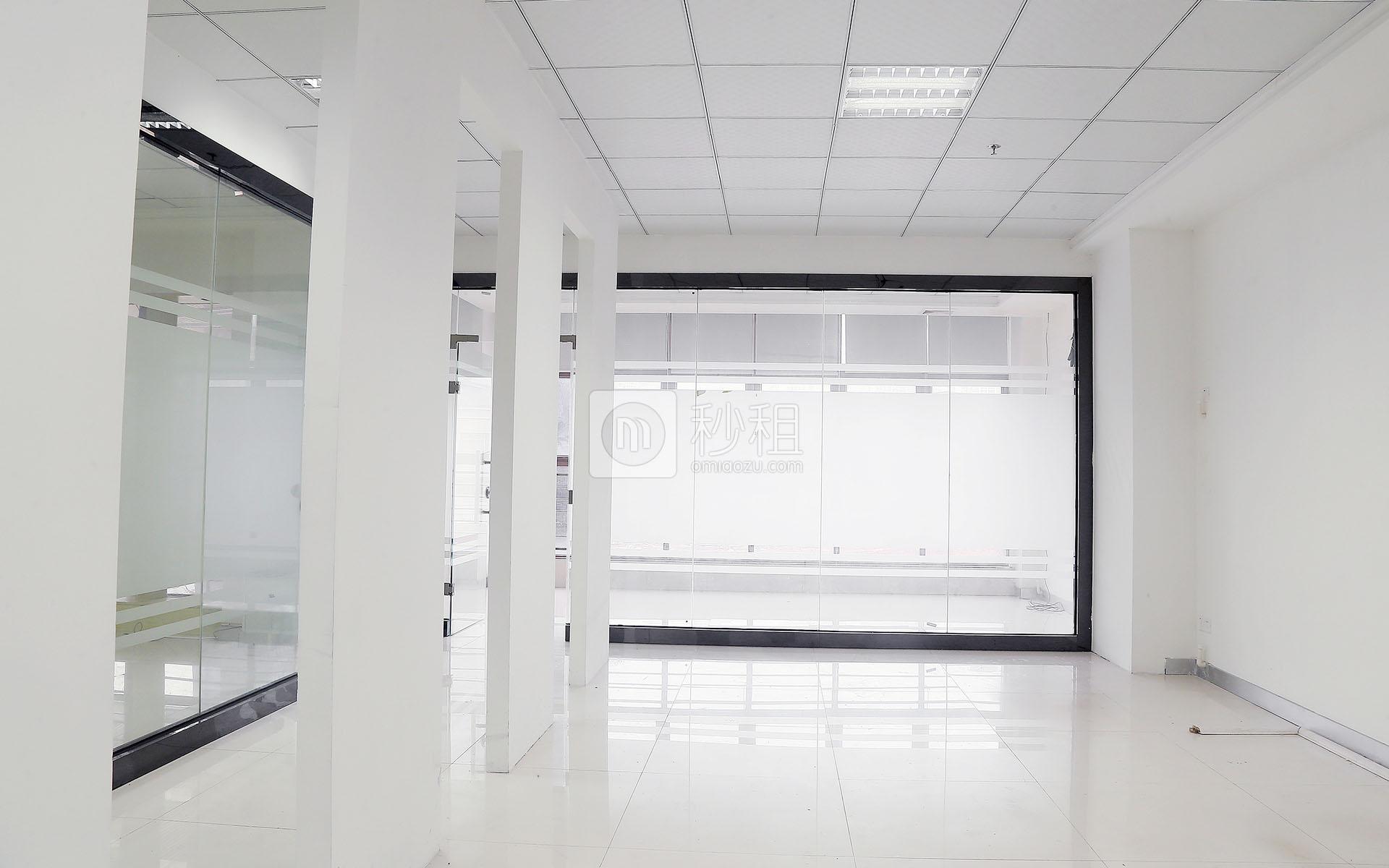 龙华-龙华 港之龙商务中心 166m²