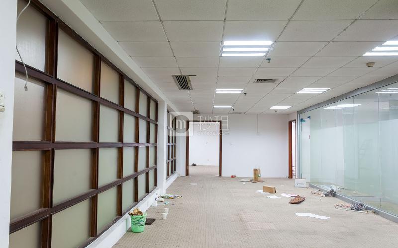 闽泰大厦写字楼出租300平米精装办公室150元/m².月