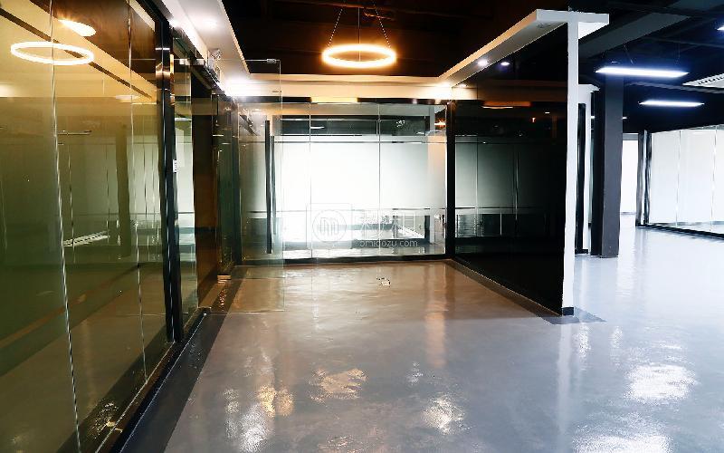 康和盛大厦(新能源创新产业园)写字楼出租326平米精装办公室75元/m².月