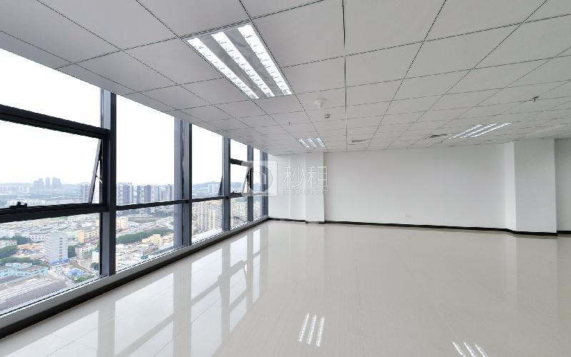 尚美中心大厦写字楼出租153平米简装办公室88元/m².月