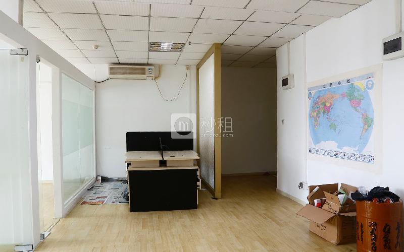 桂都大厦写字楼出租105平米精装办公室90元/m².月