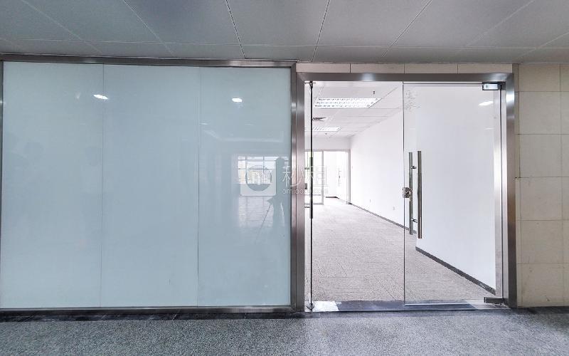 明华国际会议中心写字楼出租135平米简装办公室130元/m².月