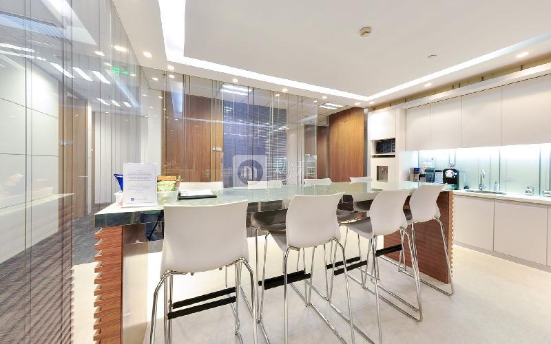 嘉里建設廣場-德事商務中心寫字樓出租15平米豪裝辦公室7000元/間.月