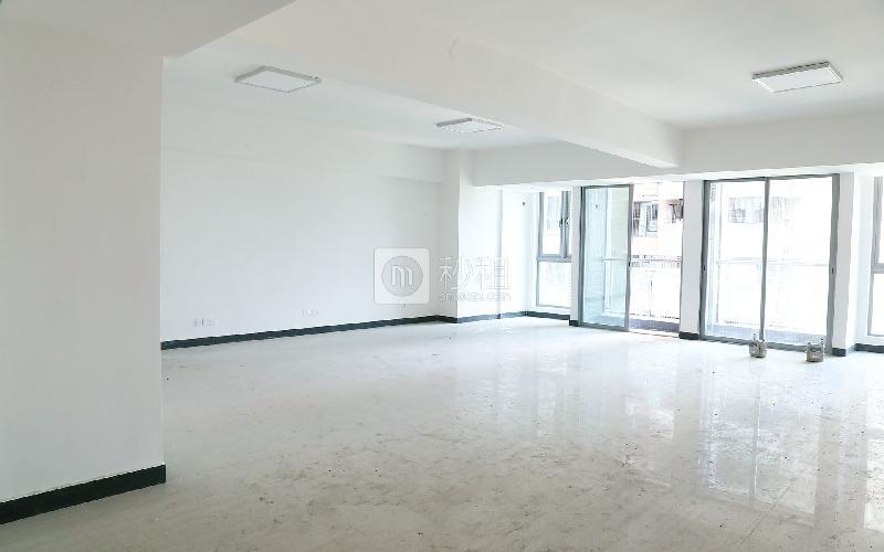 财润国际公寓写字楼出租195平米简装办公室80元/m².月