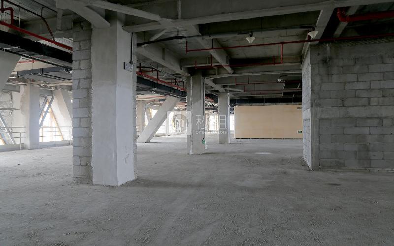 广州圆大厦写字楼出租1300平米毛坯办公室100元/m².月