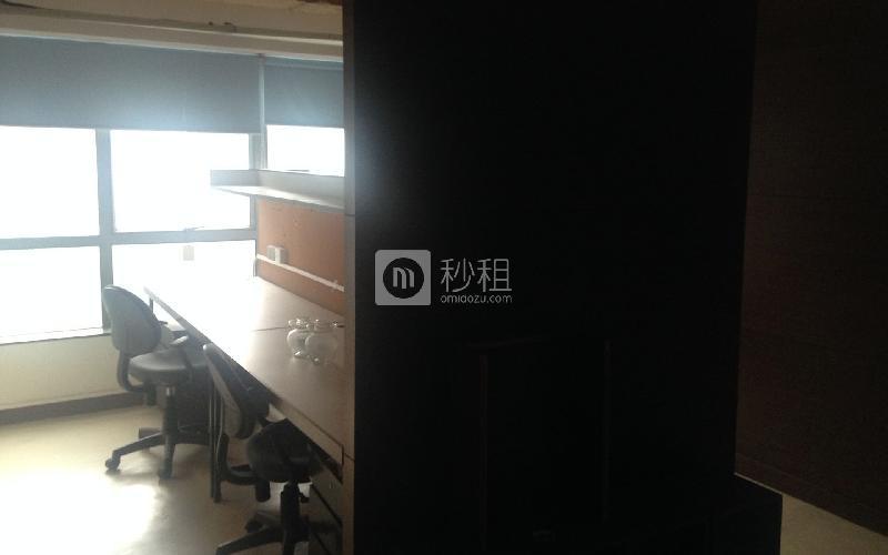 天誉商务大厦写字楼出租160平米简装办公室90元/m².月
