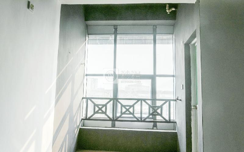 鹏翔大厦写字楼出租400平米简装办公室38元/m².月