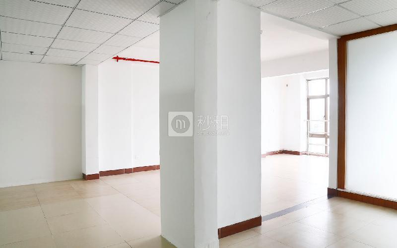 牛栏前联沣美食广场写字楼出租180平米精装办公室70元/m².月