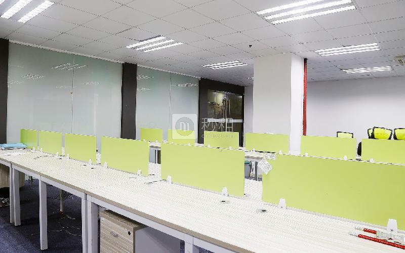 富利臻大厦写字楼出租550平米精装办公室100元/m².月