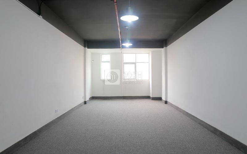 早安商务中心写字楼出租323平米精装办公室65元/m².月