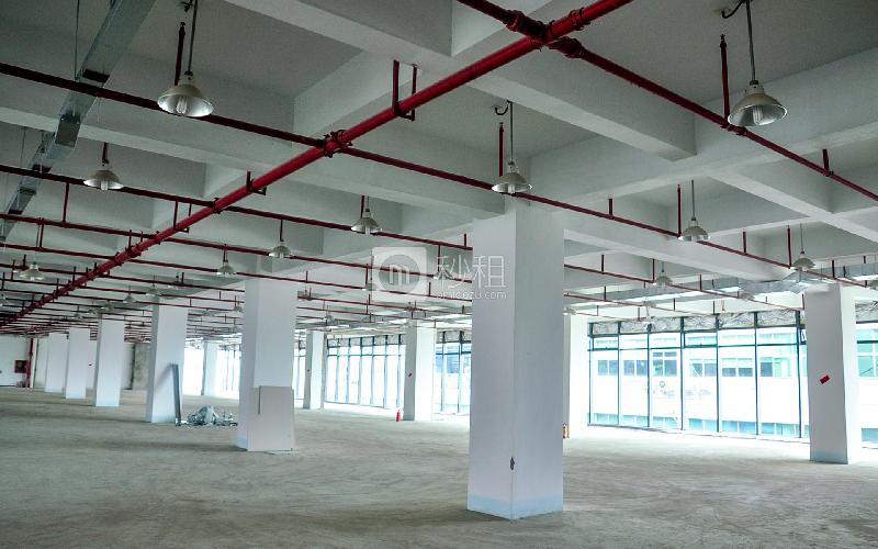 华宝一号大厦写字楼出租4000平米毛坯办公室80元/m².月