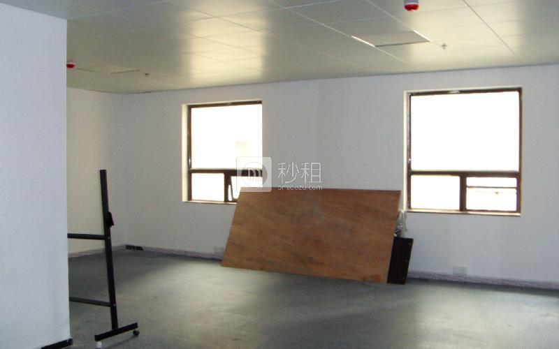 帝都大厦写字楼出租82平米简装办公室110元/m².月