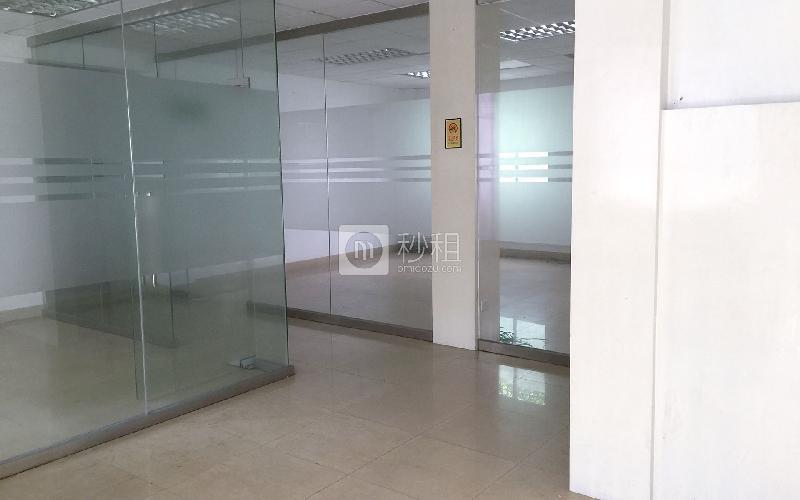 广州设计港金鼎产业园写字楼出租150平米简装办公室55元/m².月
