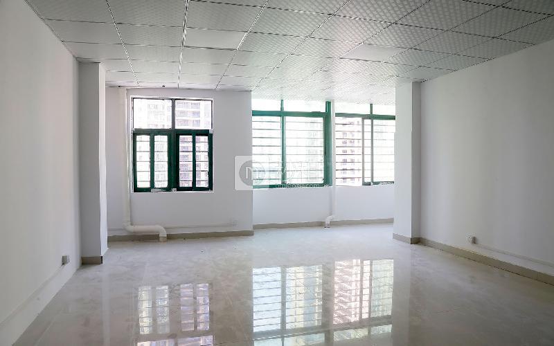 东华大厦写字楼出租68平米简装办公室55元/m².月