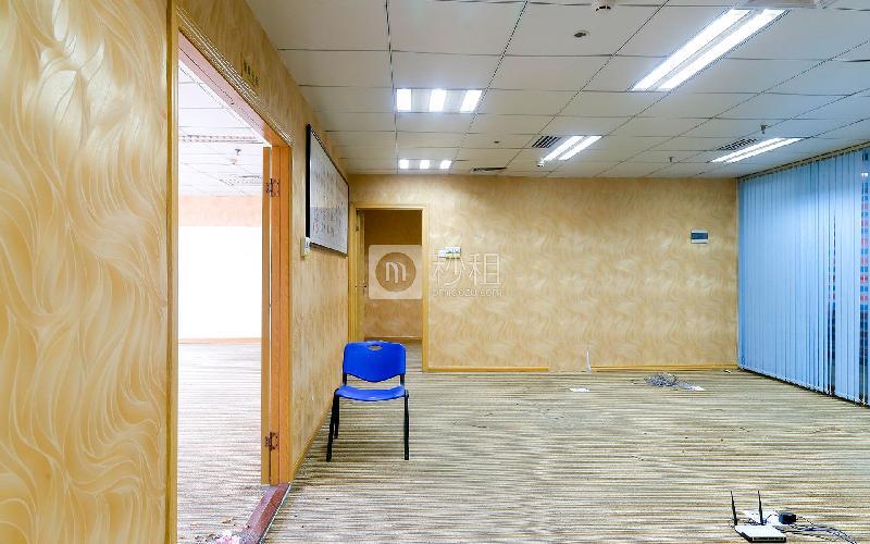 鼎丰大厦写字楼出租375平米精装办公室180元/m².月