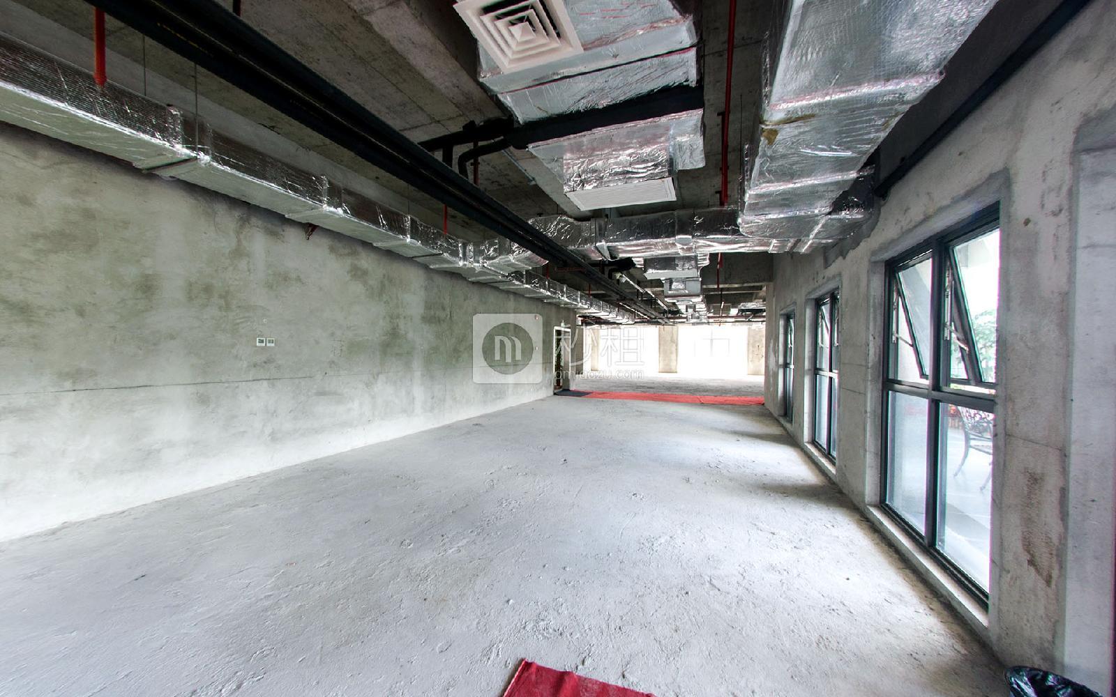 福光智谷写字楼出租580平米毛坯办公室95元/m².月