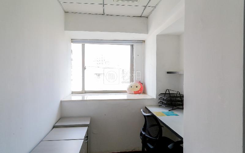 创富港-航运综合楼写字楼出租8平米精装办公室1270元/间.月
