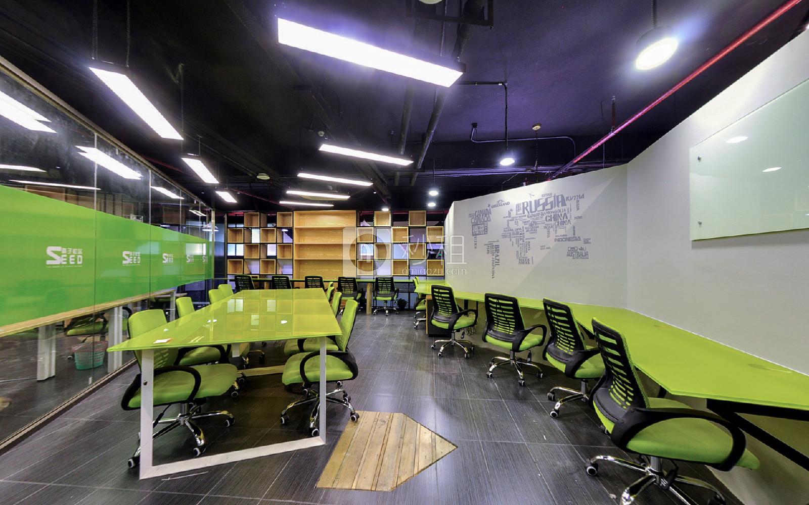 科技园文化广场-种子社区写字楼出租150平米豪装办公室18000元/间.月