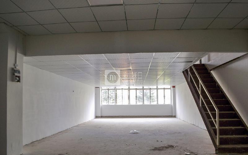 万众润丰写字楼出租229平米简装办公室45元/m².月