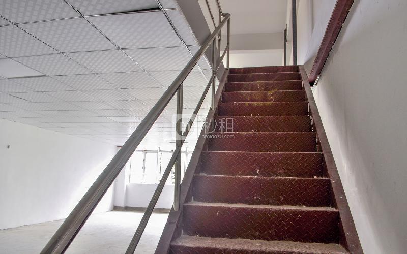 万众润丰写字楼出租209平米简装办公室45元/m².月