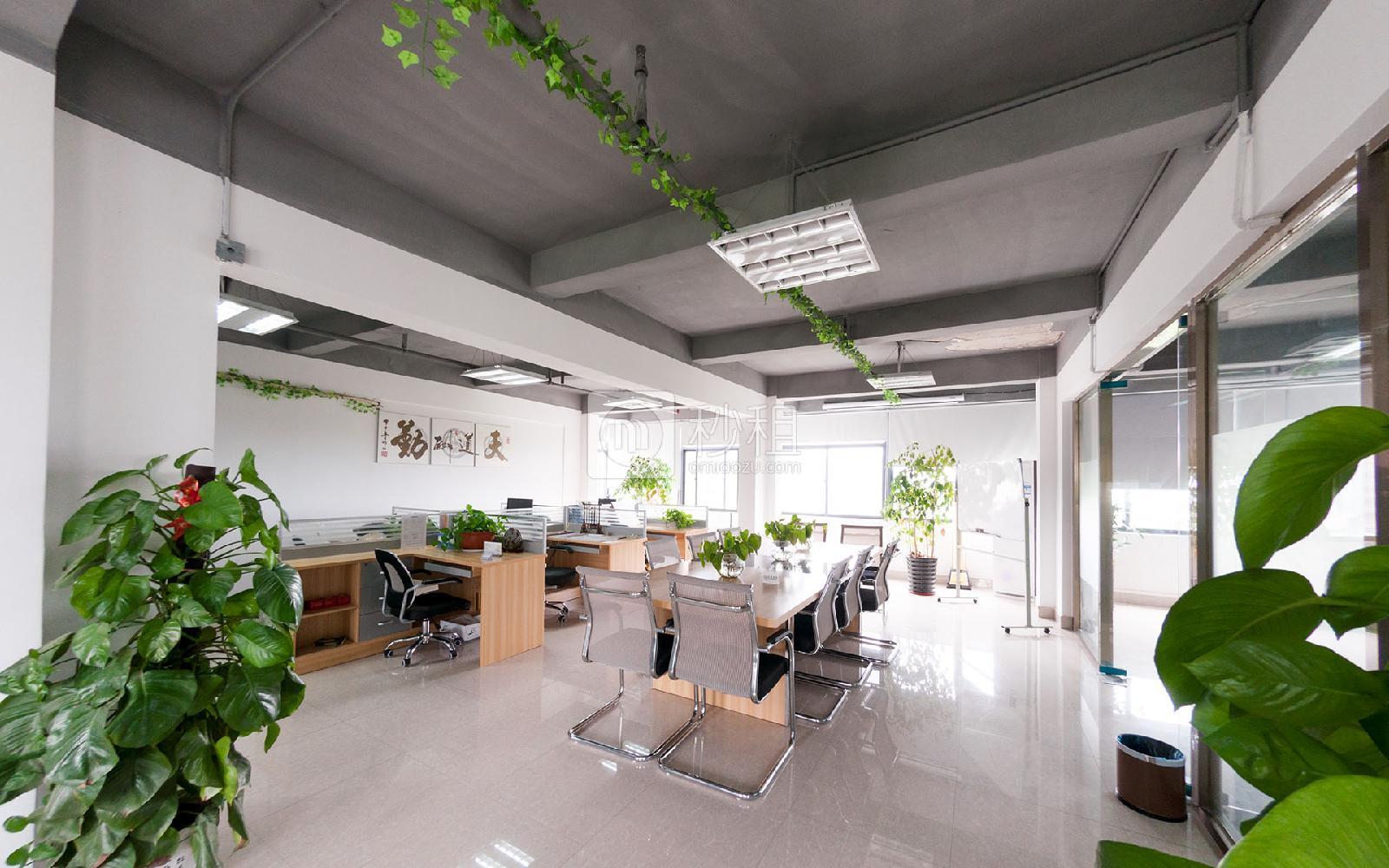 富奇创意大厦写字楼出租380平米简装办公室55元/m².月