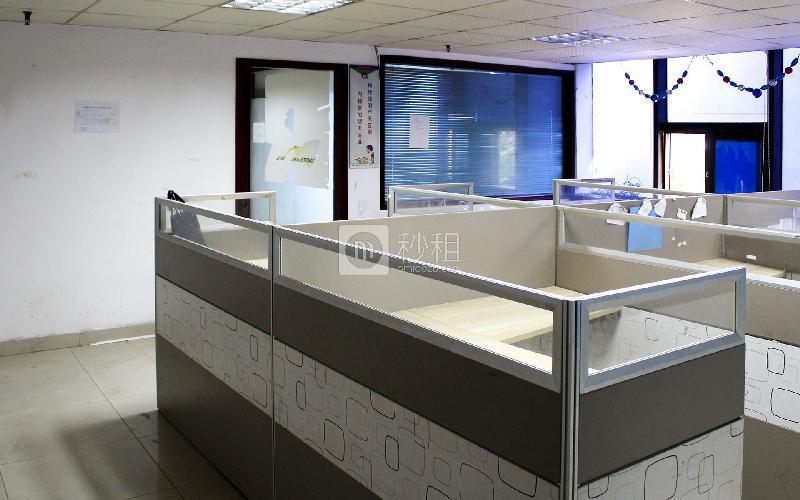 锦龙大厦写字楼出租175平米简装办公室46元/m².月