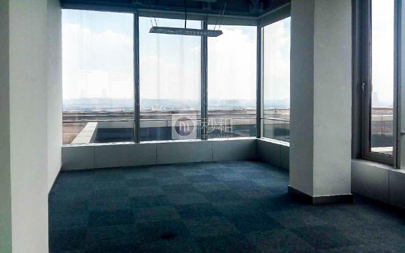 南丰汇写字楼出租488平米简装办公室140元/m².月