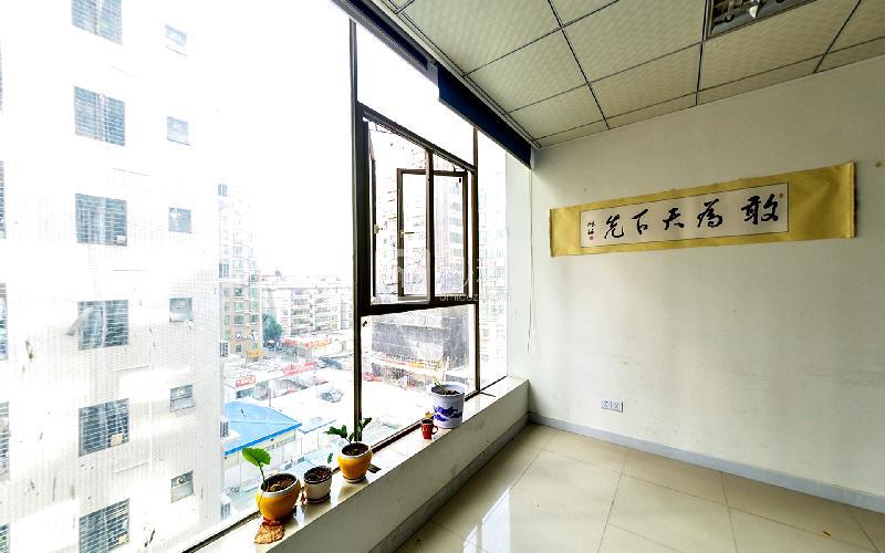 华丰润商业大厦 写字楼出租280平米精装办公室50元/m².月