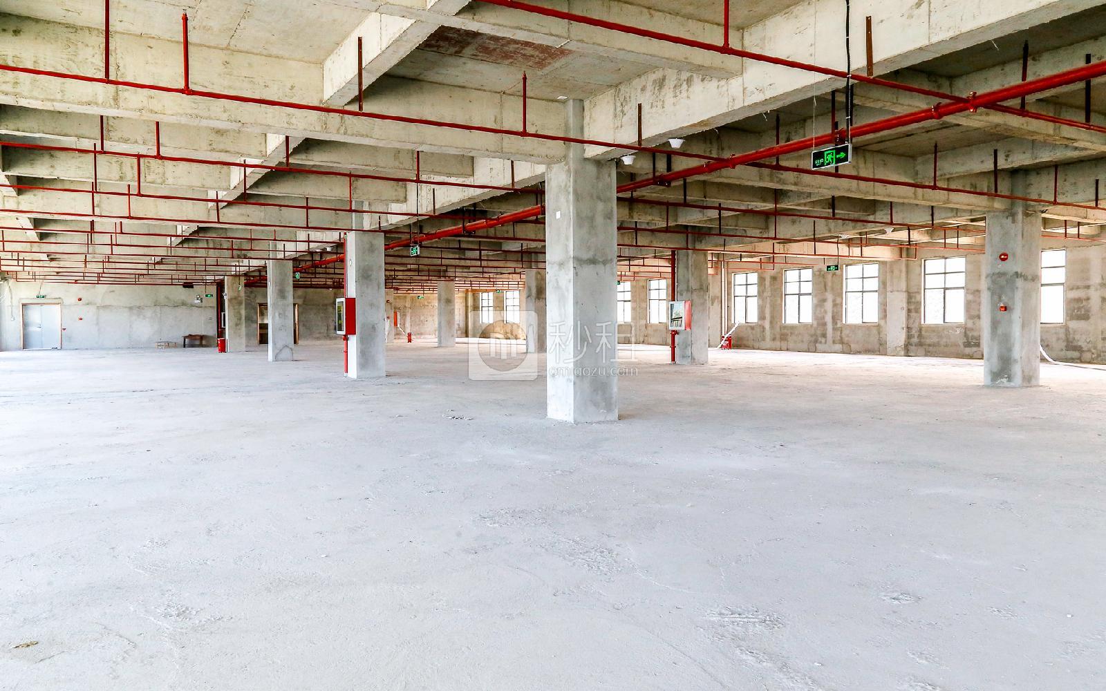 爱特爱创意产业园写字楼出租621平米毛坯办公室46元/m².月