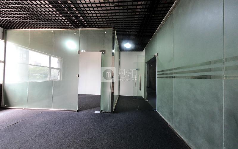 金茂盈大厦写字楼出租80平米精装办公室40元/m².月