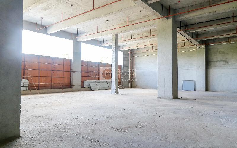 默根工业园写字楼出租384平米精装办公室25元/m².月