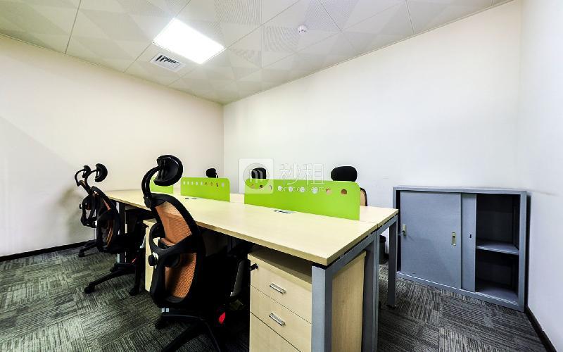光浩国际中心-凤天空间社写字楼出租40平米精装办公室115元/m².月