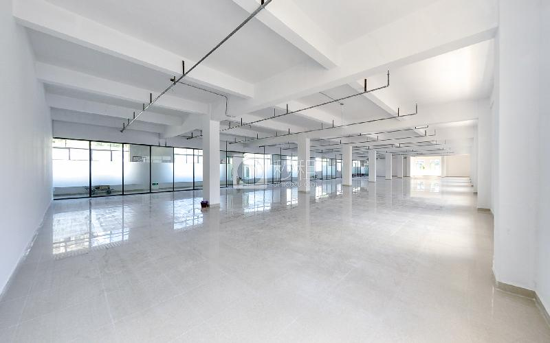 银华大厦写字楼出租219平米简装办公室60元/m².月