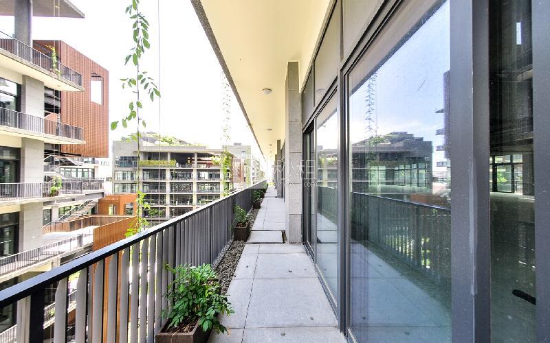 泰华梧桐岛写字楼出租750平米毛坯办公室70元/m².月
