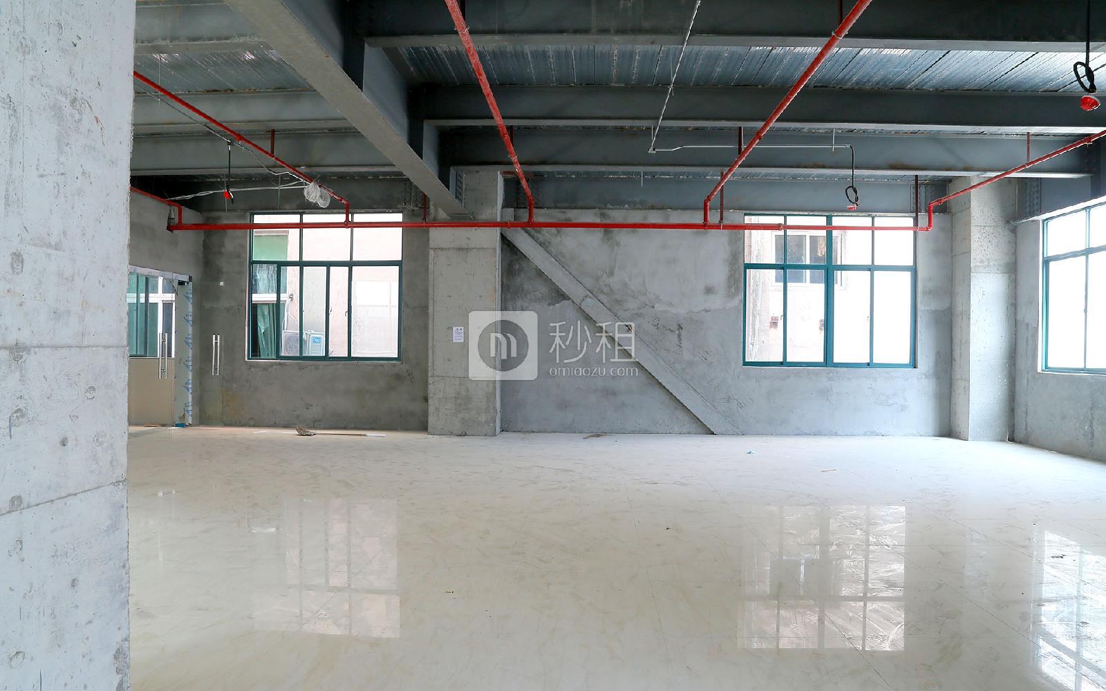吉盛楼写字楼出租183平米毛坯办公室60元/m².月