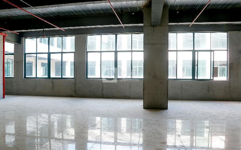 吉盛楼写字楼出租549平米毛坯办公室60元/m².月