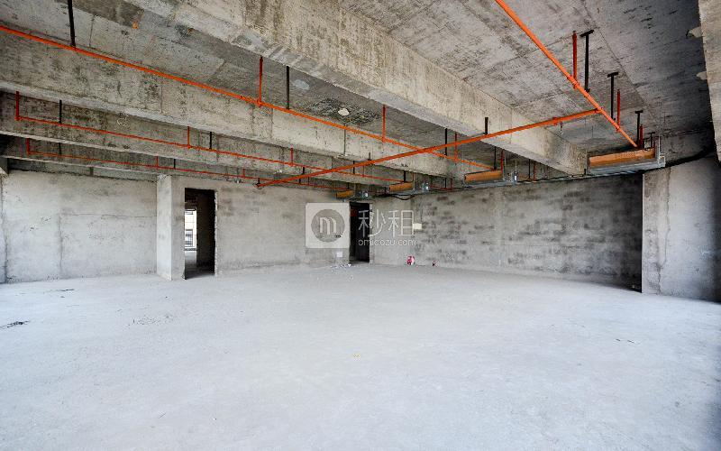 广物中心写字楼出租1500平米毛坯办公室150元/m².月