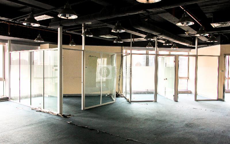 广晟大厦写字楼出租134平米简装办公室130元/m².月