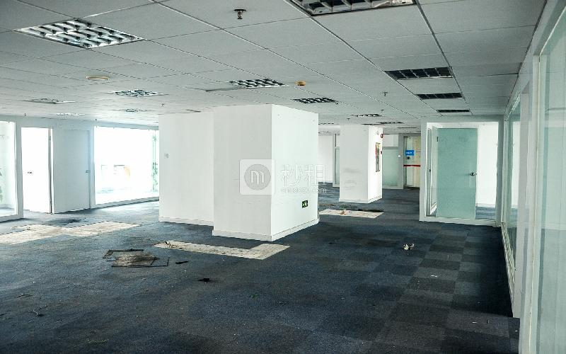 南方铁道大厦写字楼出租721平米精装办公室110元/m².月