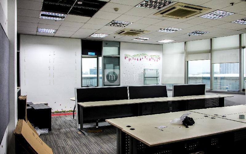 康富来国际大厦写字楼出租310平米简装办公室70元/m².月