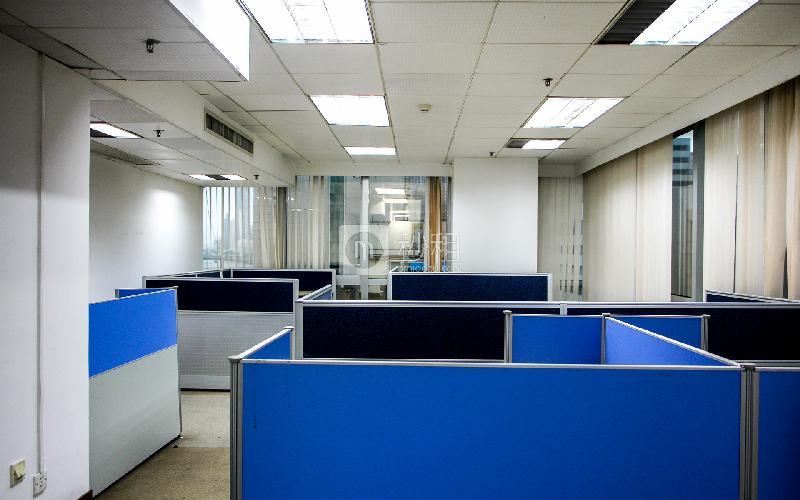 康富来国际大厦写字楼出租106平米简装办公室70元/m².月