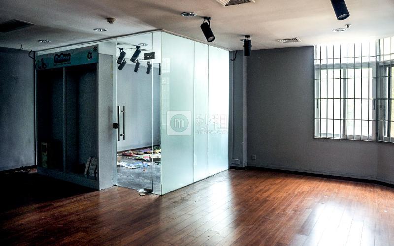 广东外经贸大厦写字楼出租100平米简装办公室150元/m².月
