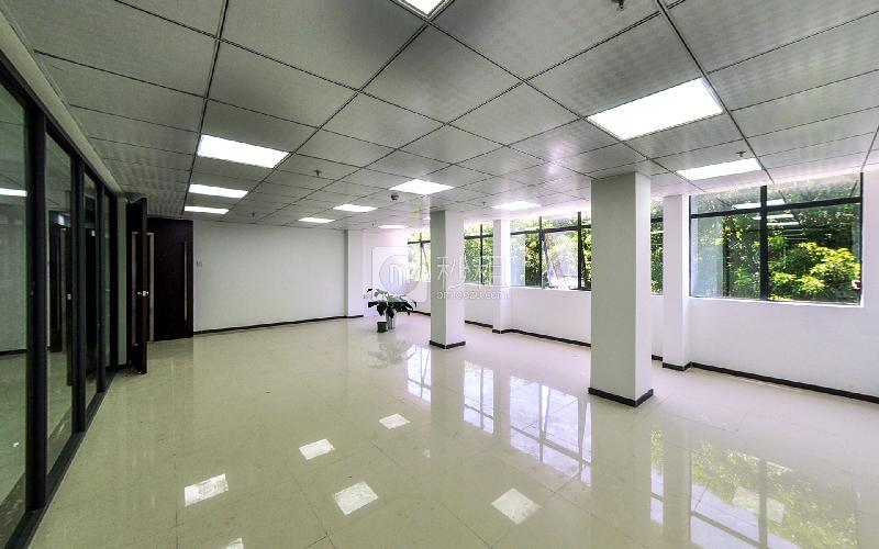 鹏兴盛商务中心写字楼出租122平米简装办公室58元/m².月