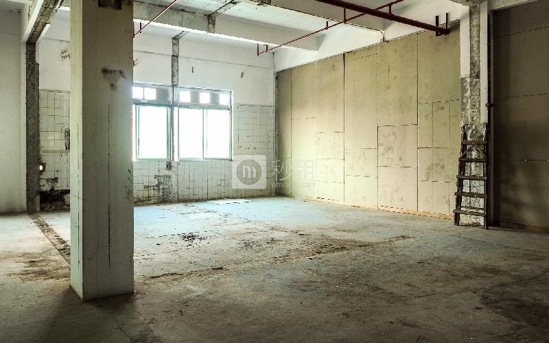 广州凹凸凹电商创意产业园写字楼出租200平米简装办公室50元/m².月