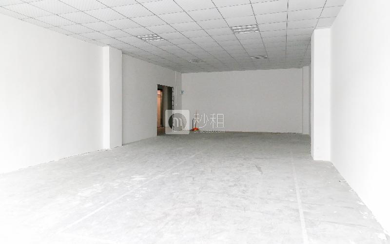 德众工业园写字楼出租153平米毛坯办公室50元/m².月