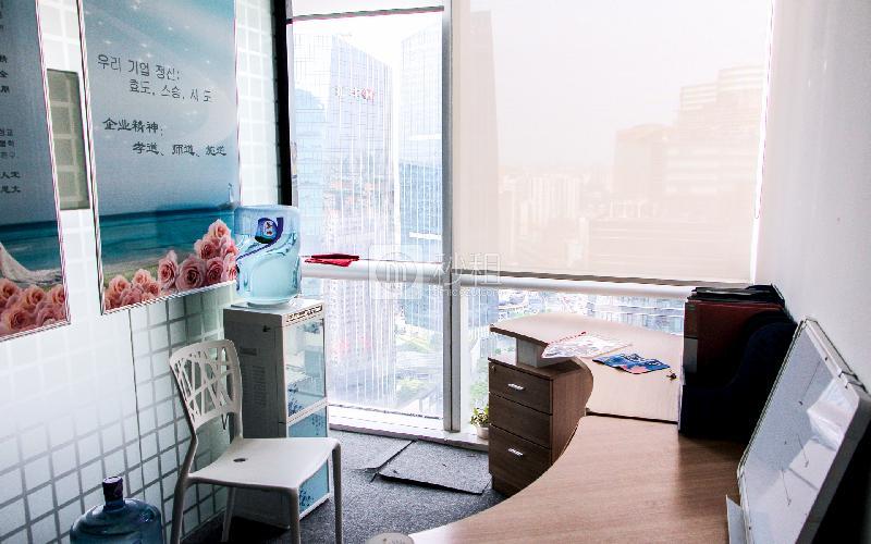 万菱国际中心写字楼出租100平米精装办公室180元/m².月