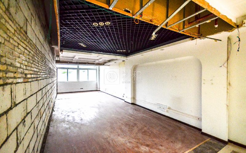 金成商务中心写字楼出租73平米简装办公室90元/m².月