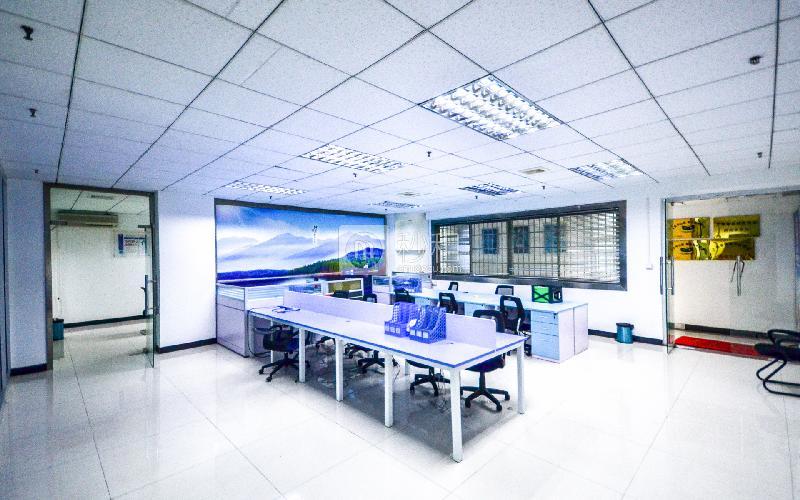 金成商务中心写字楼出租222平米简装办公室90元/m².月