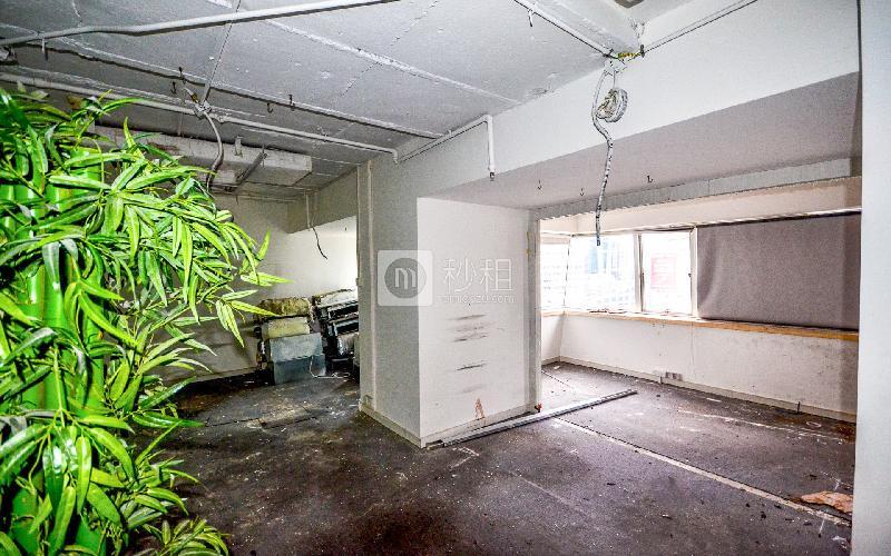 广东国际大厦写字楼出租110平米简装办公室155元/m².月