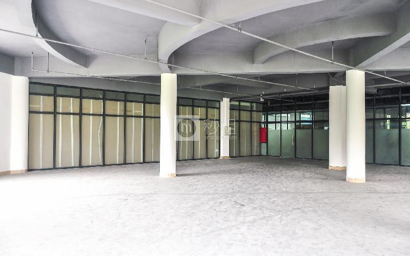 创锦创业产业园写字楼出租425平米简装办公室78元/m².月